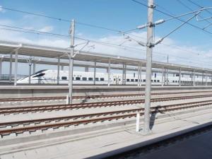 中国高速鉄道「和階号」=蘭州駅で