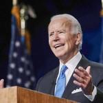 デラウェア州ウィルミントンで、民主党の大統領候補の指名受諾演説を行うバイデン前副大統領(AFP時事)