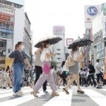 都心で今年初の猛暑日、東日本は14日まで高温