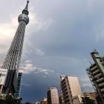 猛暑日に東京スカイツリー近くで2重の虹