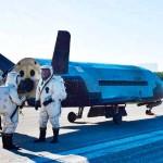 米国の軍事用無人シャトル「X37B」=2017年5月、フロリダ州(AFP時事)
