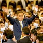 自民党総裁に選出され、挨拶する菅義偉氏=14日、東京都港区(加藤玲和撮影)