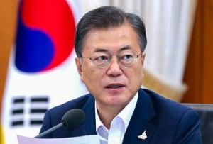 韓国の文在寅大統領=7月21日、ソウル(EPA時事)