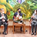 森喜朗元首相、台湾の蔡英文総統を表敬訪問