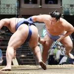 新入幕優勝へ、翔猿が軽やかに土俵で躍動