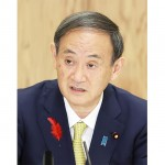 インタビューに答える菅義偉首相=9日午後、首相官邸