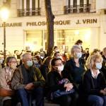 マクロン仏大統領、追悼演説「表現の自由守る」