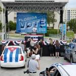 10月24日、オバマ前大統領が登壇したフロリダ州でのバイデン陣営のドライブイン集会