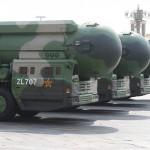 2019年10月1日、中国・北京の建国70周年記念軍事パレードで公開された新型大陸間弾道ミサイル(ICBM)「東風41」(EPA時事)