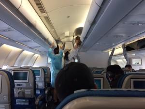 感染者が搭乗していた成田発仁川行の大韓航空704便の機内
