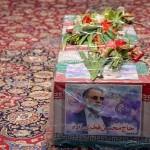 ファクリザデ氏の葬儀が先月30日、テヘラン北部の墓地で挙行された(イランIRNA通信から)