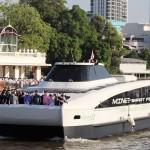 バンコクに電動水上バス、大気汚染緩和の期待