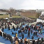 出席者と観客を厳選し社会的距離を取った大統領就任式典
