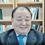 1月17日、オンラインで日本メディアと記者会見する韓国の姜昌一・新駐日大使(時事)