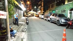 3月13日、マニラ首都圏マカティ市で感染対策のため封鎖された地域の様子