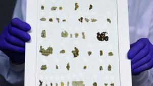 2000年前の旧約聖書の写本の断片(バチカンニュース公式サイトから)