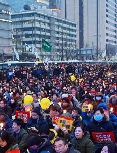 2017年2月4日、韓国ソウルの光化門広場で行われたろうそく集会(森啓造撮影)
