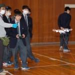 北海道名寄産業高、ドローン使いICT体験講習