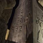 ルクソール神殿内のきれいなヒエログリフとレリーフ
