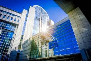 中国との投資協定の批准凍結を決めた欧州議会の全景(欧州議会公式サイトから)