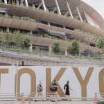 東京五輪開幕に向け、準備が進む国立競技場=15日午前、東京都新宿区