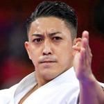 東京五輪の空手男子形で、金メダルを獲得した沖縄県出身の喜友名諒選手