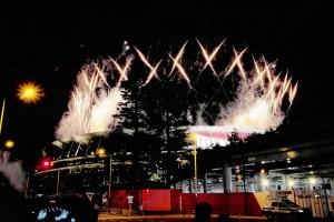 パラリンピック開会式での花火の演出 =24日午後、東京都墨田区の東京スカイツリー付近