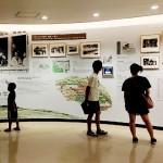 沖縄県糸満市のひめゆり平和祈念資料館で、当時の学校での生活の様子を伝える展示=沖縄県糸満市