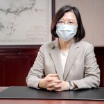 6月4日、日本のワクチン支援に謝意を表す台湾の蔡英文総統(総統府提供・時事)
