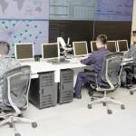 防衛相の直轄部隊「サイバー防衛隊」が発足
