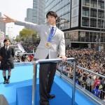 羽生結弦を仙台で9万2000人の観衆が祝福