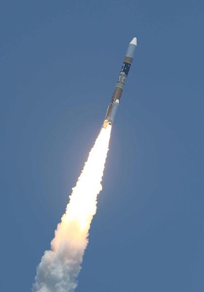 三菱重工とJAXA、だいち2号打ち上げ成功