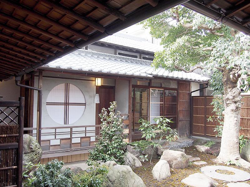 奈良市が大正の町屋を改修、新たな観光拠点に